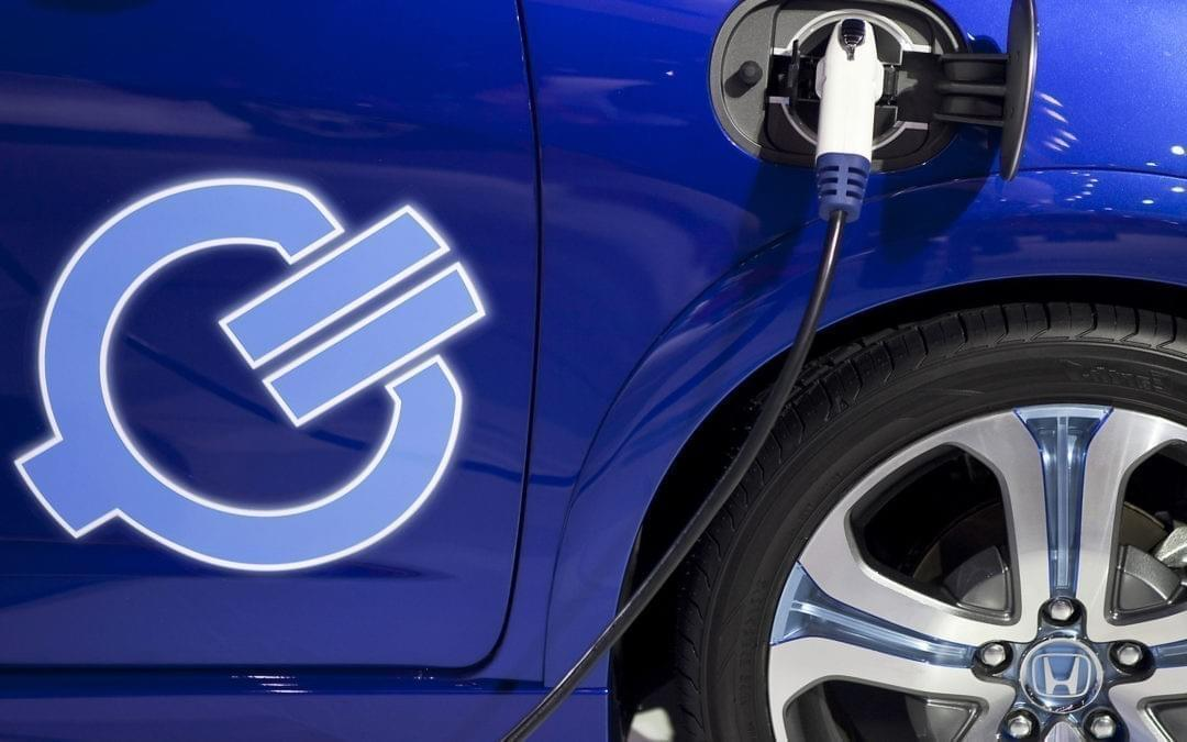 En 2040 los vehículos eléctricos representarán el 54% del total de ventas.